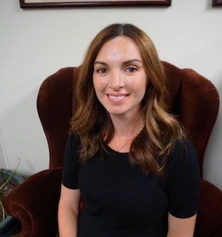 Lauren Headshot Final
